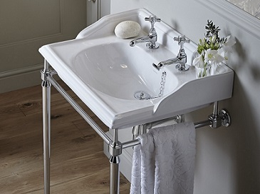 Abingdon washstand with Dorchester basin