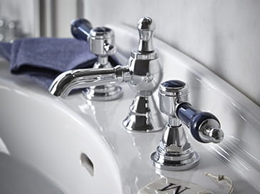 Glastonbury basin taps blue