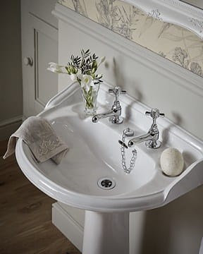 Dorchester Basin & Pedestal | Heritage Bathrooms
