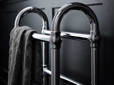Floor standing heated rail from Heritage Bathrooms