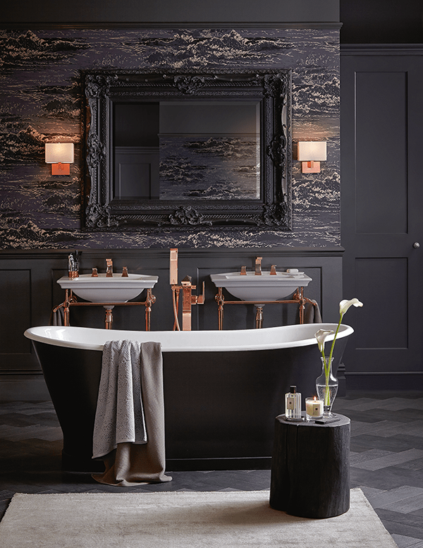Madeira bath by Heritage Bathrooms